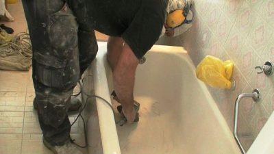 תהליך ציפוי אמבטיה פגומה