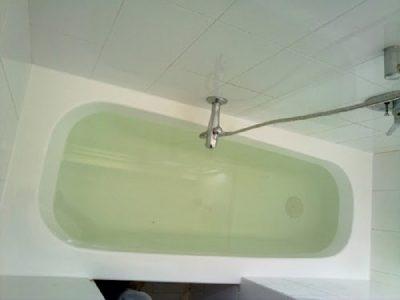המכשולים בהלבשת אמבטיה